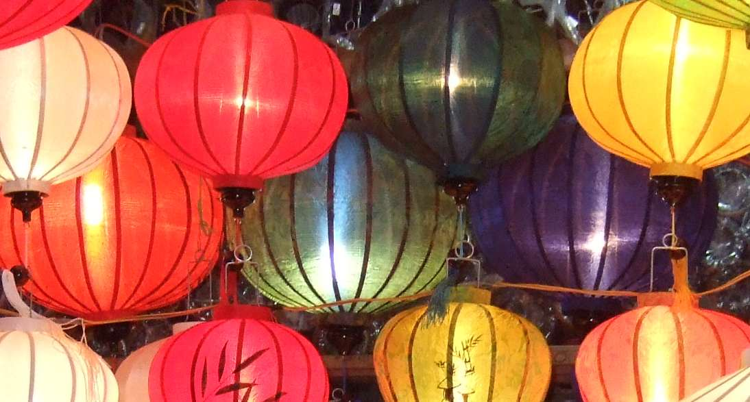 Family Christmas traditions lanterns