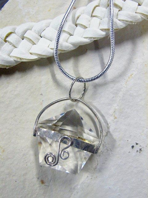 crystal star pendant
